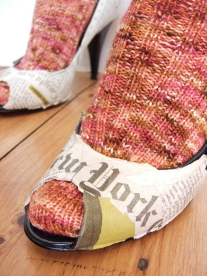 Shoes_of_the_times_front_page
