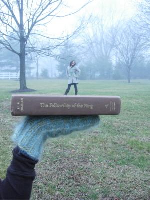 Book_elf_1