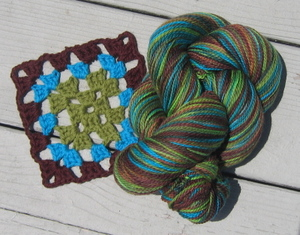 Granny_and_yarn